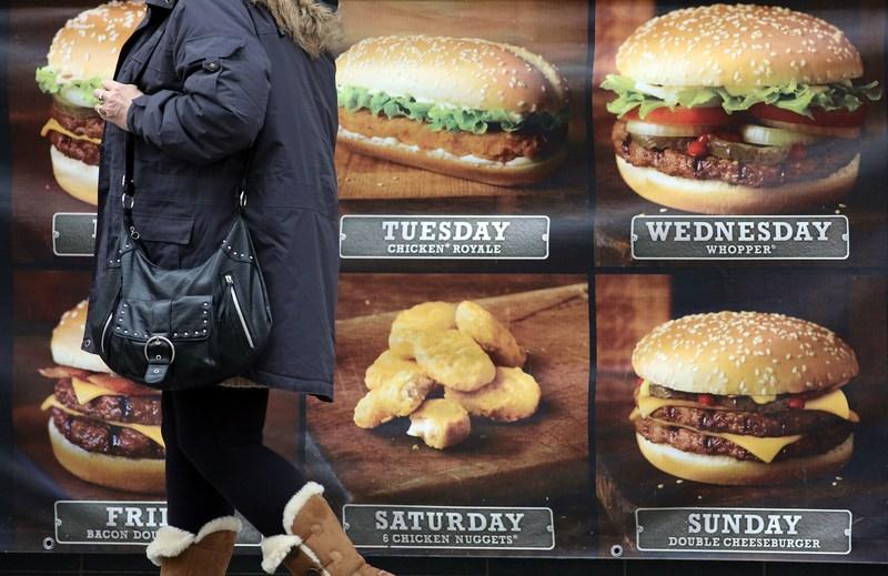 Бристоль, Англія, 7січня. На телебаченні з'явиться реклама здорового харчування. Більш ніж 60% населення країни мають проблеми із зайвою вагою. Фото: Matt Cardy/Getty Images