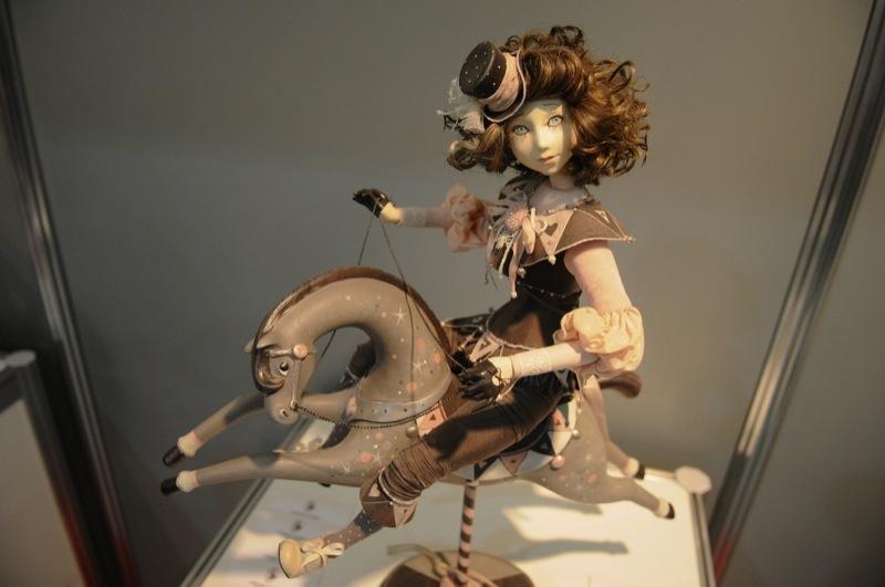 Выставка кукол Модная лялька открылась в Киеве 24 февраля 2012 года. Фото: Владимир Бородин/The Epoch Times Украина