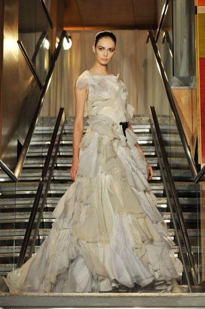 Показ женской коллекции сезона весна 2009 на Неделя моды Mercedes-Benz в Нью-Йорке. Фото: Slaven Vlasic/Getty Images
