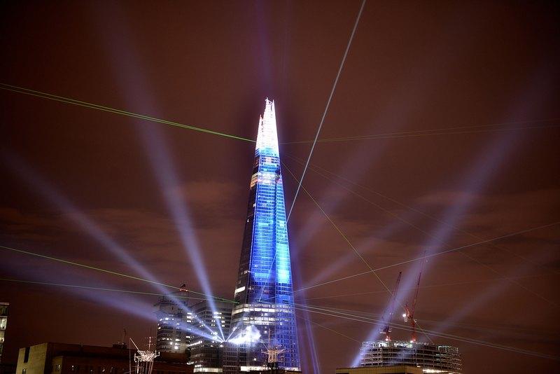 Лондон, Англія, 5 липня. Відбулося відкриття найбільшого хмарочоса в Європі — Shard («Осколок»). Висота будівлі, створеної за проектом італійця Ренцо Піано, становить 310 метрів. Фото: Bethany Clarke/Getty Images