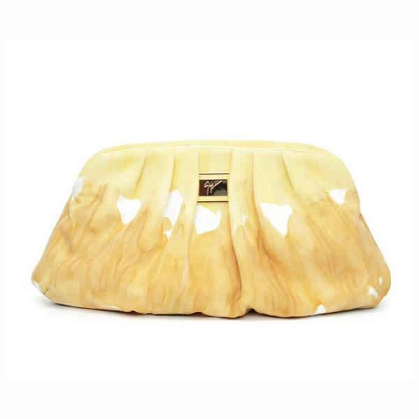 Giuseppe Zanotti представляє весняно-літню колекцію сумок. Фото: neeu.com