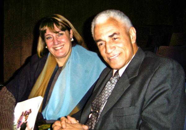 Г-н Адалберто Виценте Диас, Генеральный консул Мыса Верде и его супруга на представлении Shen Yun. (The Epoch Times)