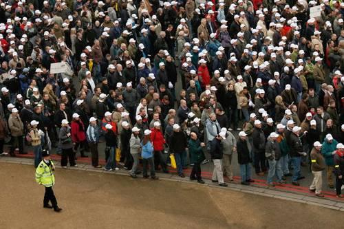 Забастовка в Лондоне собрала около 20 000 офицеров полиции которые недовольны решением МВД Британии. Фото: Leon Neal/AFP/Getty Images
