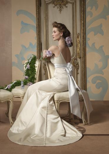 Свадебные платья от Alvina Valenta. фото с efu.com.cn