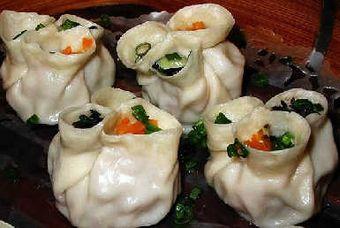 Пельмени в форме плодов сливы. Фото с aboluowang.com