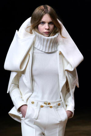 Riccardo Tisci для Givenchy. Колекція ready-to-wear осінь-зима 2007/2008. Фото: PIERRE VERDY/AFP/Getty Images