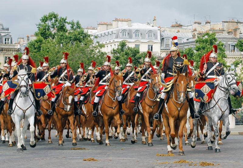 Париж, Франция, 14 июля. Страна отмечает «День взятия Бастилии». Фото: JACQUES BRINON/AFP/GettyImages
