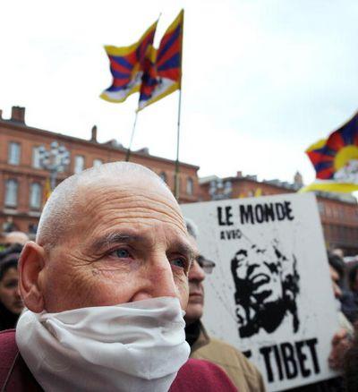 26 марта. Акция в защиту Тибета в Тулузе. Фото: PASCAL PAVANI/AFP/Getty Images