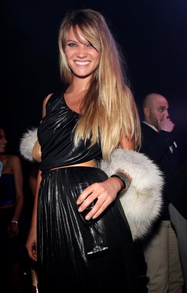 Представляем вашему вниманию фотообзор нарядов гостей на вечеринке Fendi O. Фото Vittorio Zunino Celotto/Getty Images