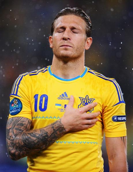 Андрей Воронин (Украина) во время гимна своей страны, 15июня, Донецк. Фото: Lars Baron/Getty Images