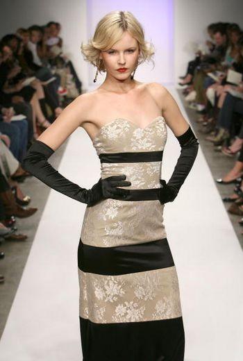 Коллекция сезона Осень 2008 от Октавио Карлин на Mercedes-Benz Fashion Week , Smashbox Studios, 10 марта 2008 г., Калифорния. Фото: Фрэйзер Харрисон/Getty Images