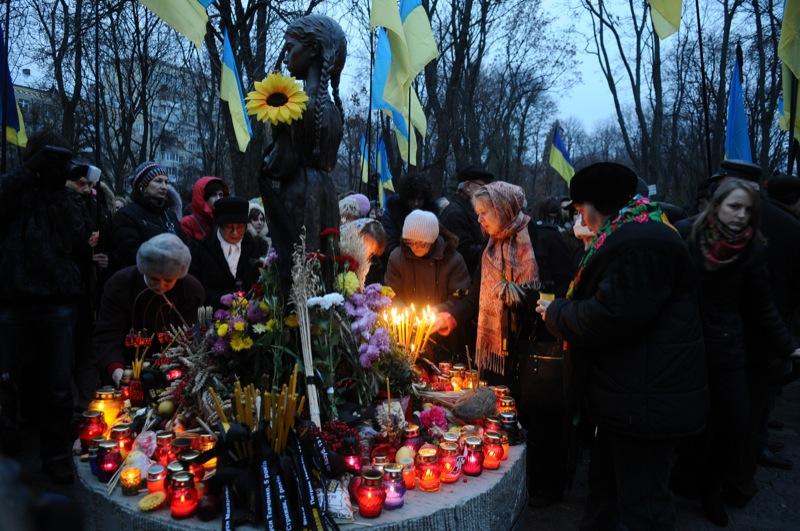 Поминальні заходи в пам'ять про жертви Голодомору 1932—1933 років відбулися в Києві 26 листопада. Фото: Володимир Бородін/The Epoch Times Україна