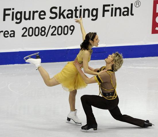 Мэрил Дэвис/Чарли Уайт (США) исполняют произвольный танец. Фото: JUNG YEON-JE/AFP/Getty Images
