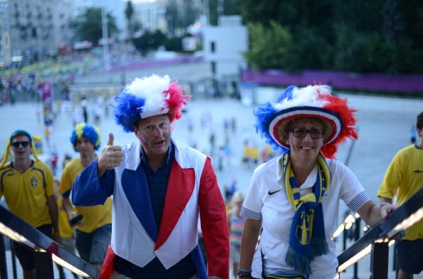 Французькі вболівальники підтягуються на матч Швеції проти Франції 19червня 2012на Олімпійський стадіон у Києві. Фото: JONATHAN NACKSTRAND/AFP/Getty Images