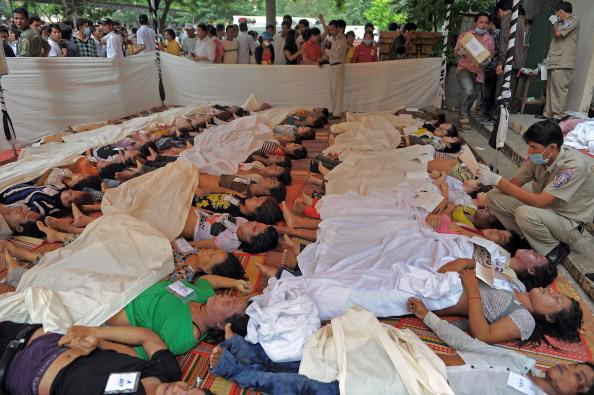 На «Водном фестивале» в Камбоджи погибло около 450 человек, 22-23 ноября 2010, Пномпень. Фото: ТАН CHHIN Sothy / AFP / Getty Images