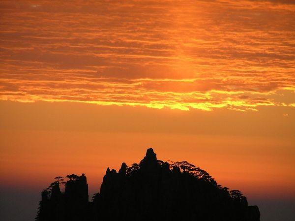 Горы Хуаншань («Жёлтые горы»). Фото с secretchina.com