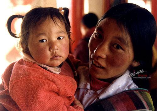 Тибетская земля и её люди. Фото с aboluowang.com