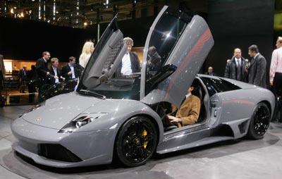 Нова Ламборджині (Lamborghini Murcielago LP640). Фото: Scott Barbour/Getty Images