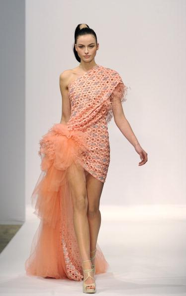 Показ колекції Georges Chakra на Тижні моди 2011 в Парижі. Фото BERTRAND GUAY/AFP/Getty Images