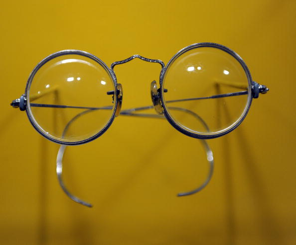 Окуляри Джона Леннона (John Lennon). Фото: Getty Images