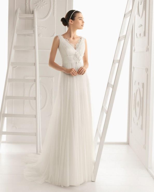 Свадебные платья от Aire Barcelona. Фото: airebarcelona.es