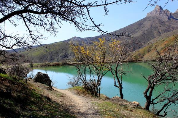 Гірське озеро навесні. Фото: Ірина Рудська/Велика Епоха