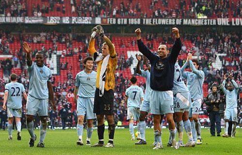 Футболисты «МС» в этот день были триумфаторами, впервые с 1974 г. победив «МЮ» на выезде. Фото: Alex Livesey/Getty Images