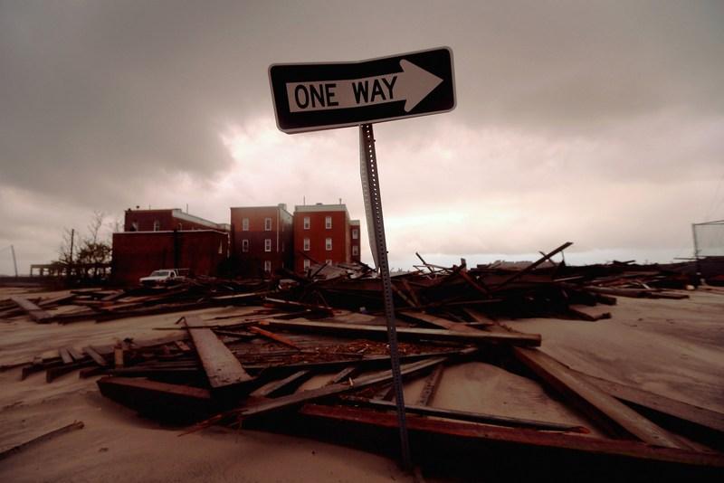 Атлантік-Сіті, США, 30жовтня. На східному узбережжі країни розпочато ліквідацію наслідків урагану «Сенді». Фото: Mario Tama/Getty Images