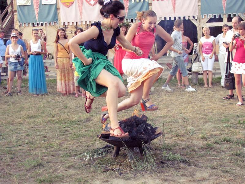 Празднование Купала в 2012 году под Киевом. Фото: Иван Ярошенко/Великая Эпоха