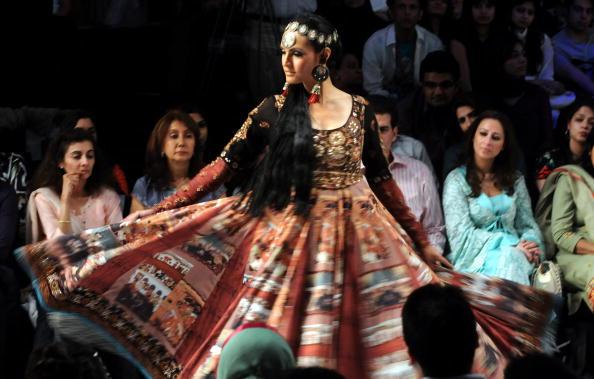 Показ колекції на Тижні моди в Шрі-Ланці. Фото: Getty Images