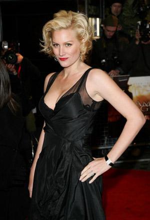 Актриса Элис Эванс (Alice Evans) прибыла в Лондон на премьеру фильма Изумительное благоволение. Фото: Dave Hogan/Getty Images