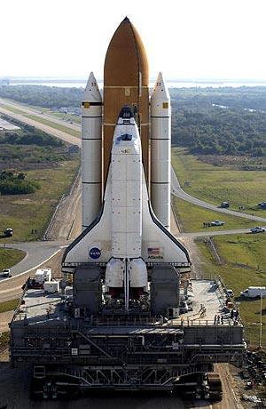 Мыс Канаверал. Флорида. Космический шатл Атлантис (Atlantis). Фото:  Matt Stroshane/Getty Images
