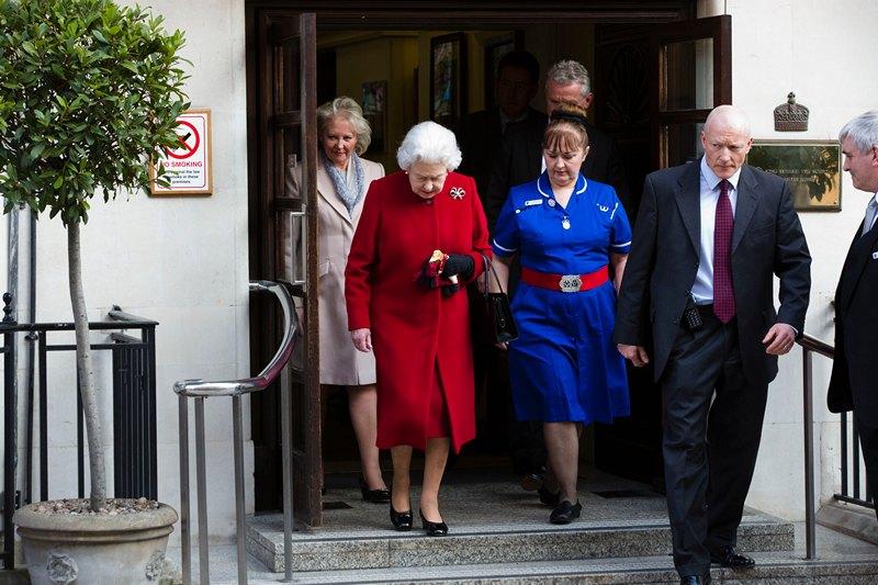 Лондон, Великобританія, 4 березня. Єлизавета II залишає клініку ім. короля Едварда VII, куди королева була госпіталізована з підозрою на кишкову інфекцію. Фото: Warrick Page/Getty Images