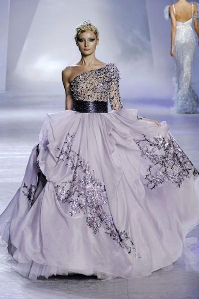 Показ коллекции ливанской дома моды Zuhair Murad на Парижской Неделе высокой моды. Фото с Etoday