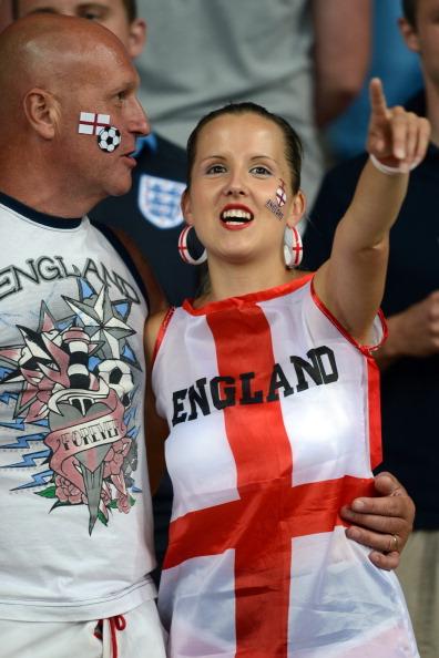 Британские фаны на матче Англии против Щвеции 15 июня 2012 года, Олимпийский стадион в Киеве. Фото: CARL DE SOUZA/AFP/GettyImages