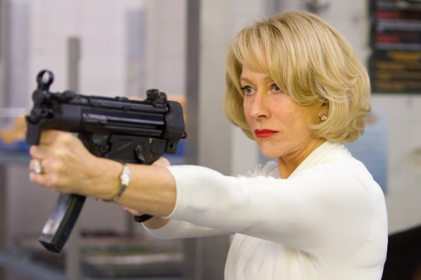 Кадр з фільму RED: Особливо небезпечні пенсіонери