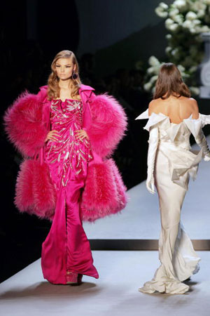 Джон Гальяно (John Galliano) для Christian Dior. Коллекция ready-to-wear осень-зима 2007/2008. Фото: FRANCOIS GUILLOT/AFP/Getty Images