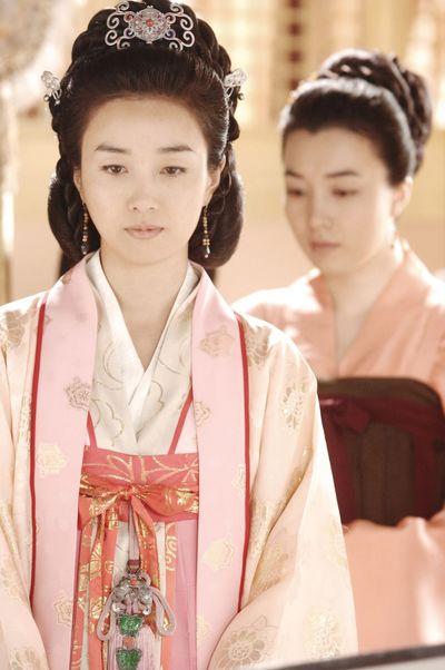 Великолепие дворцовых нарядов древней Кореи. Фото: Великая Эпоха