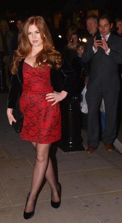 Актриса Айла Фишер на премьере «Берк и Хейр» в Лондоне, 25 октября. Фото: MAX NASH/AFP/Getty Images
