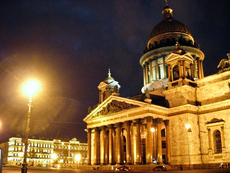 Ісаакіївський собор займає четверте місце в світі за величиною, побудований у 1818—1858роках архітектором Монферраном. Фото: Алла Лавриненко/The Epoch Times Україна