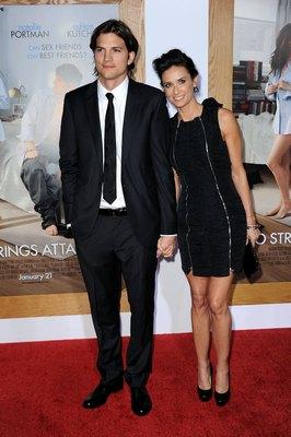 Деми Мур и Эштон Катчер на премьере романтической комедии «Больше чем секс». Фото: Frazer Harrison/Getty Images