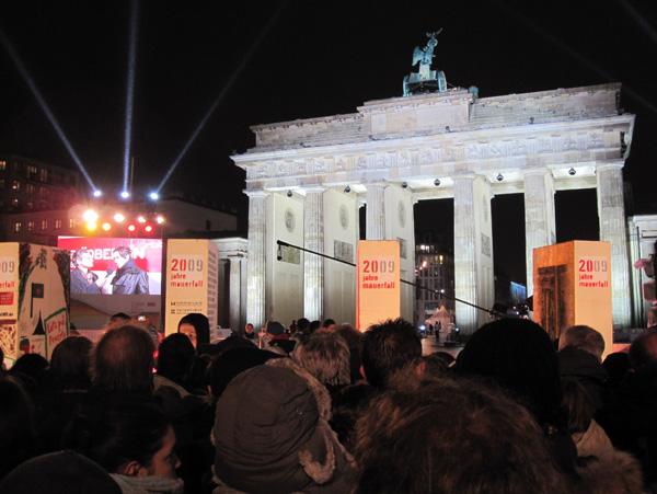 Браденбургские ворота – празднование 20-й годовщины её падения. Фото: Ирина ЛАВРЕНТЬЕВА/Великая Эпоха (The Epoch Times)