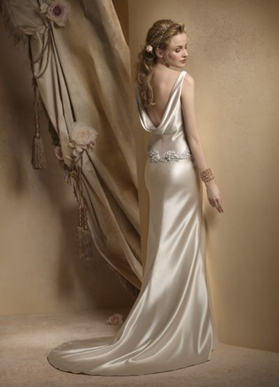 Коллекции свадебных платьев от Alvina Valenta. фото с efu.com.cn