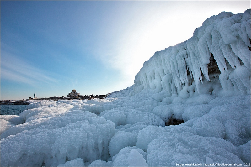 Царство льда на черноморском побережье. Фото: aquatek-filips.livejournal.com