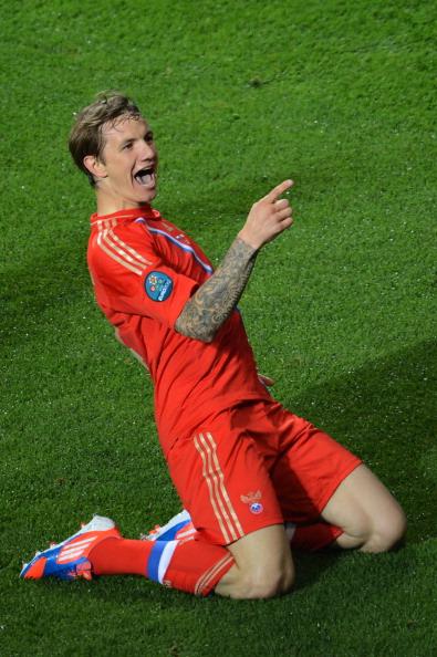 Роман Павлюченко (Росія) після забитого гола в ворота Чехії, 8 червня Польща. Фото: FRANCISCO LEONG/AFP/GettyImages