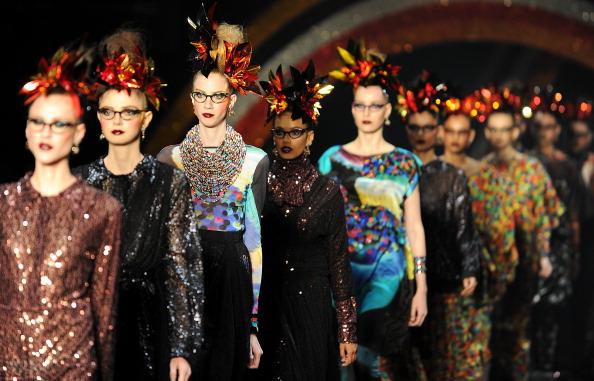 Презентація колекції Алесси на Тижні моди 2011 в Ріо-де-Жанейро. Фото VANDERLEI ALMEIDA / AFP / Getty Images