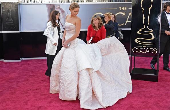 Дженніфер Лоуренс у сукні від Dior. Фото: Jason Merritt/Getty Images