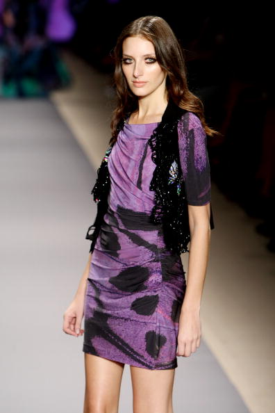 Колекція Vivienne Tam Весна - 2010 на Тижні моди в Нью-Йорку. Фото: Kristian Dowling/getty Images