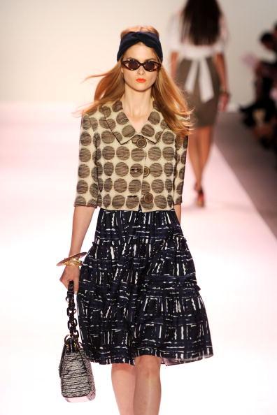 Презентація колекциі Michelle Smith весна 2011 на Тижні моди Mercedes-benz у Нью-Йорку. Фото Frazer Harrison/Getty Images for IMG