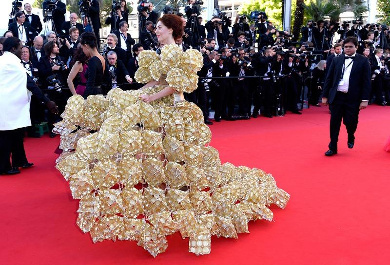 Канни, Франція, 17 травня. Гості прибувають на прем'єру французького фільму «Минуле» на 66-му кінофестивалі. Фото: Gareth Cattermole/Getty Images